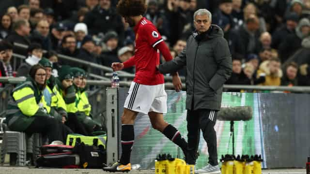 """""""Assina e cala-te"""", disse Mourinho para Fellaini"""
