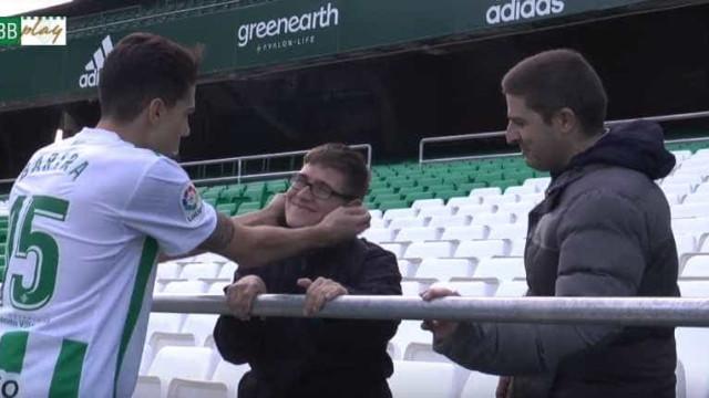 A incrível história de Bartra com o adepto que conhece desde o Barça B