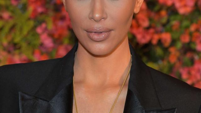 Filha mais nova de Kim herda berço dos irmãos... no valor de 3 mil euros