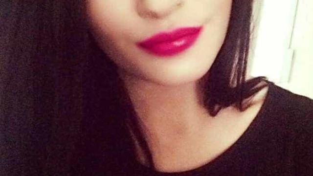 Jovem encontrada morta em casa após mensagem enigmática nas redes sociais