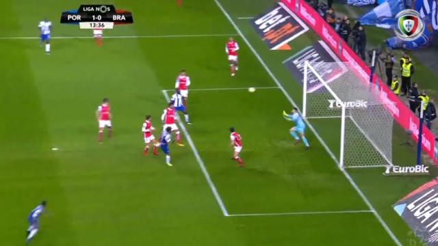 Sérgio Oliveira precisou de 14 minutos para justificar a titularidade