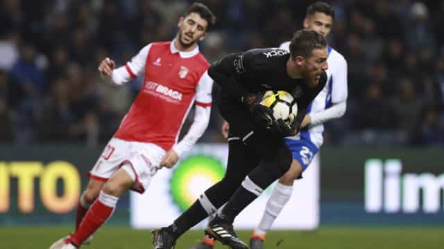 Dragão inspirado derrota Sp. Braga e volta à liderança... provisória