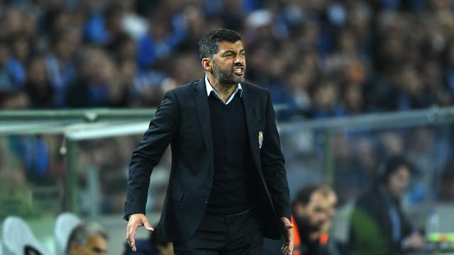 Barça e FC Porto: Dois casos raros na Europa dos 'grandes'