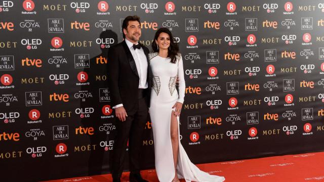 Penélope Cruz e Javier Bardem 'brilham' na passadeira vermelha