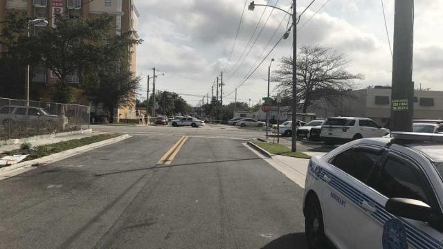 Polícia de Miami já resolveu alegada situação de reféns em bar