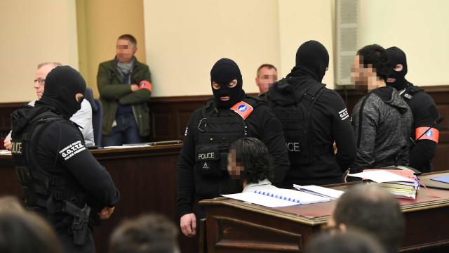 Salah Abdeslam recusa comparecer no tribunal para conhecer sentença