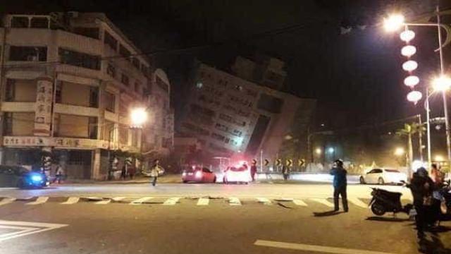 Sismo de 6,4 na escala de Richter derruba edifícios em Taiwan