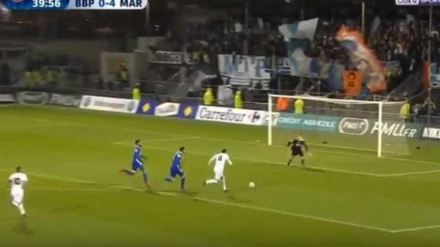 Mitroglou 'pegou' no esférico e só parou quando assinou o 5-0