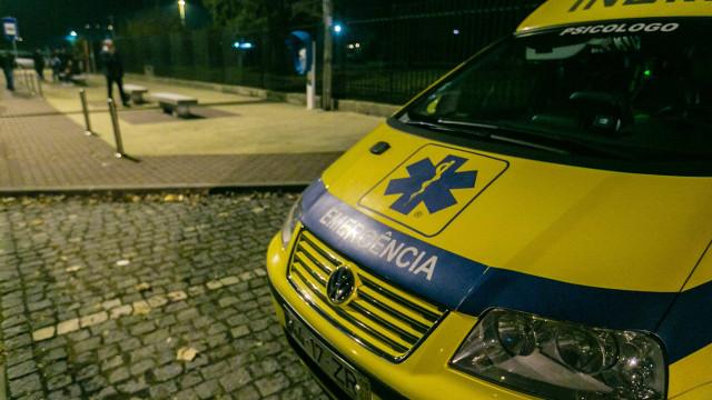 Um morto e dois feridos graves em colisão frontal na EN18