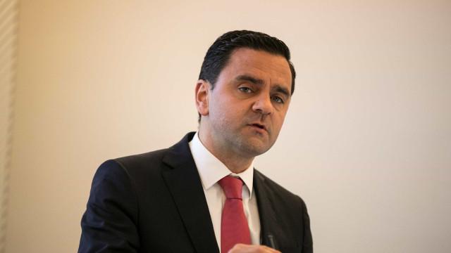 Governo usa 1.200 milhões de euros para responder a interpelação do CDS