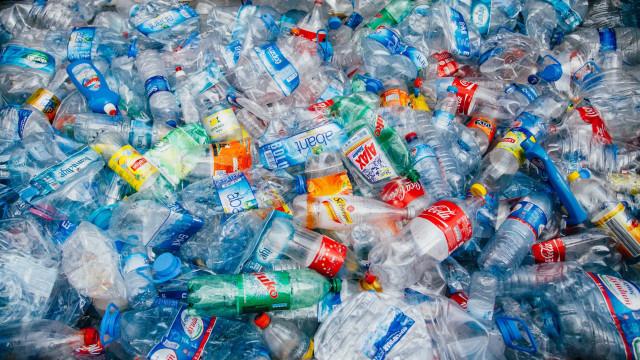 10 Formas simples de reduzir o consumo de plástico