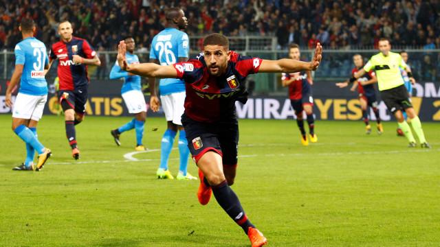 Benfica emprestou Taarabt ao Génova e os italianos já pensam em vendê-lo