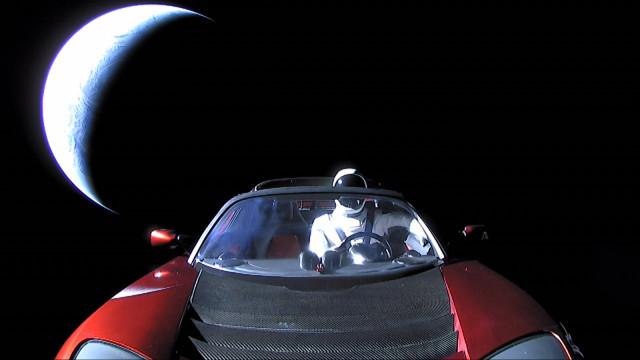 Os populares vídeos da SpaceX terão sido publicados ilegalmente