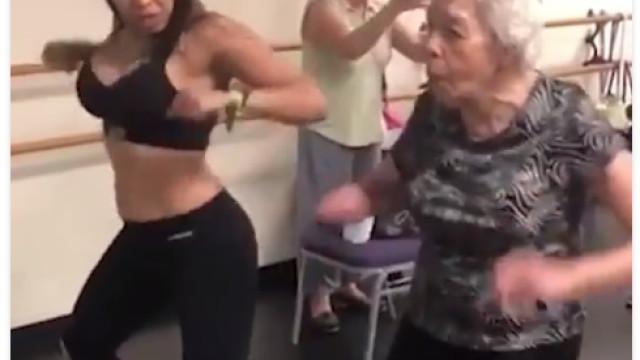 Acha que não tem idade para dançar? Veja o ritmo desta idosa