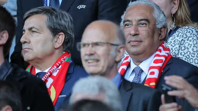 """""""Merecem este título"""", diz António Costa à seleção de futsal"""