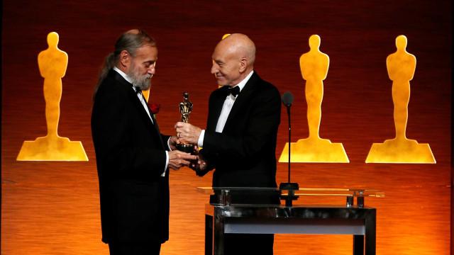 Responsável pelos efeitos especiais de Star Wars recebe Oscar honorário