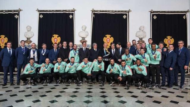 Presidente da República vai condecorar a seleção nacional de futsal