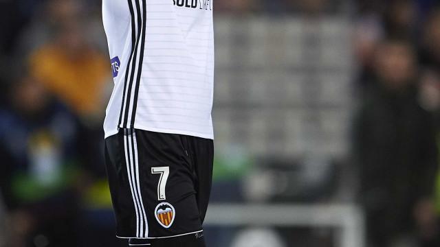 Valencia volta ao ataque por Guedes e conta com ajuda de Jorge Mendes