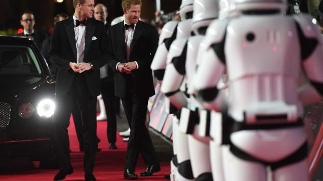 William e Harry não apareceram em 'Star Wars' (por uma razão improvável)