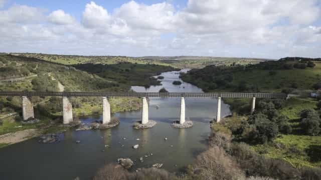 Especialistas acreditam ter encontrado mais arte rupestre no Guadiana