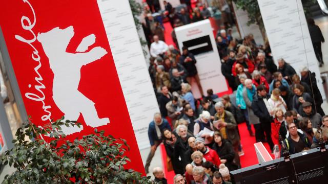 Atriz alegadamente molestada por realizador acusa Berlinale de hipocrisia