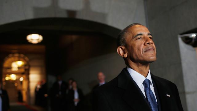 Casal Obama: Após a revelação de pinturas oficiais, chegam os memes