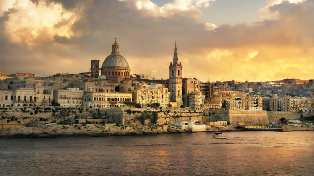 Malta é ilha dividida entre o dever de auxílio e os limites físicos