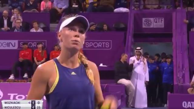 Wozniacki queixou-se dos 'grunhidos' de Niculescu e decidiu exemplificar