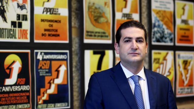 "Hugo Soares acusa bancada de ""falha grave"" na despedida de Montenegro"