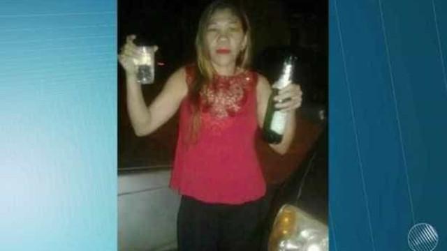 Moradores ouvem gritos e descobrem que mulher foi enterrada viva