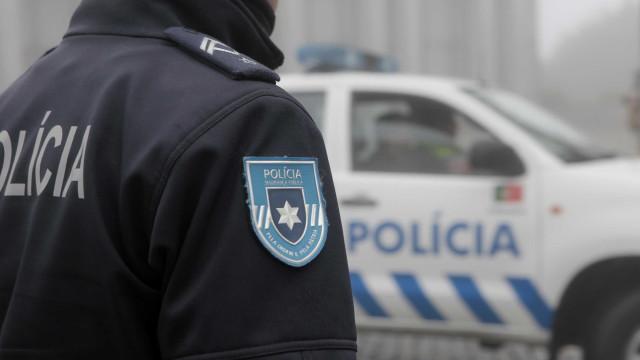 Apanhados em flagrante a furtar quase seis mil euros em cobre
