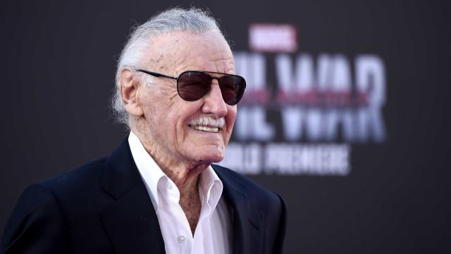 Siri 'matou' a lenda dos comics, Stan Lee