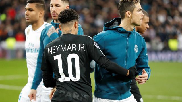 """""""Li que Ronaldo ainda era melhor que Neymar. Não. Que fez Ronaldo?"""""""