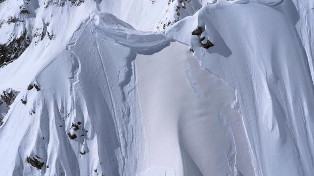 Avalanche na Suíça causa dois feridos. Já não há desaparecidos