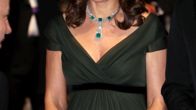 O motivo pelo qual Kate Middleton não usou um vestido preto nos BAFTA