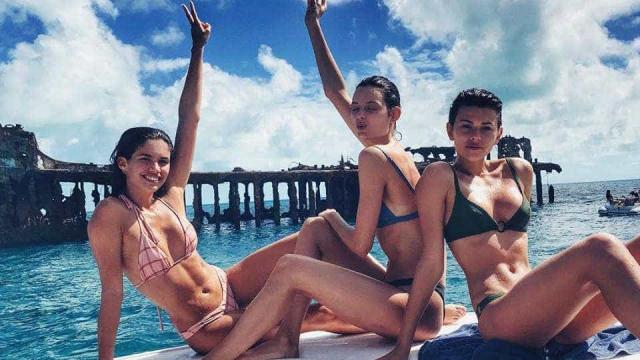 Sara Sampaio diverte-se com as amigas nas Bahamas