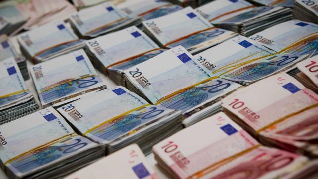 Portugal emite dívida de curto prazo com taxas negativas recorde