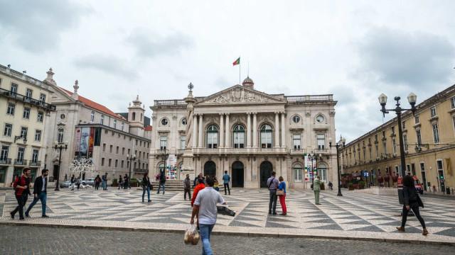 PSD sugere que Câmara processe Fernando Medina