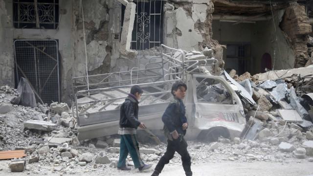 """Síria: Alto-Comissário da ONU acusa regime de planear """"apocalipse"""""""