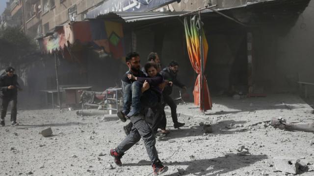 Partes em conflito na Síria cometeram impunemente crimes de guerra