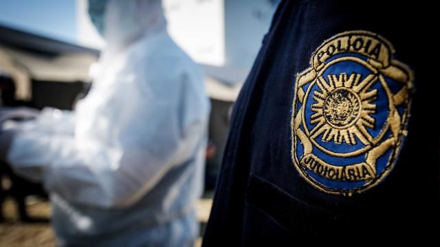 Casal encontrado morto em Leiria com ferimentos de bala