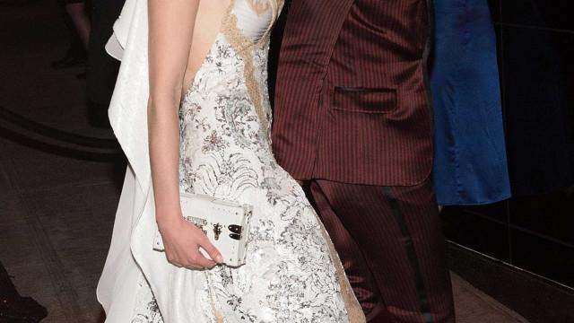 Sophie Turner e Joe Jonas de férias numa ilha privada