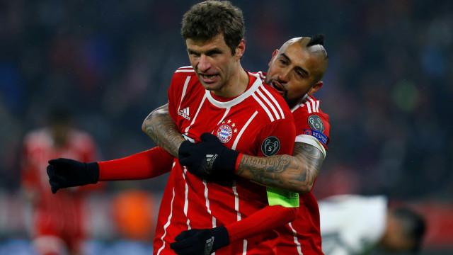 Bayern aplica chapa cinco ao Besiktas e está com um pé nos 'quartos'