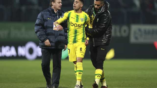 Insulto a Capela valeu expulsão a Murilo no final do Tondela-Sporting
