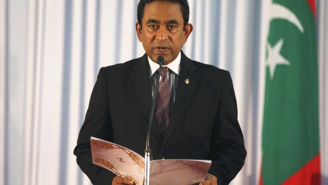 Washington urge presidente das Maldivas a levantar o estado de emergência