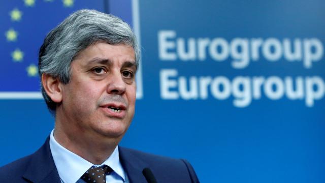 """Centeno diz que orçamento revisto de Itália """"não dissipou preocupações"""""""