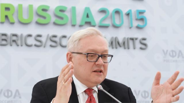 Rússia pede a EUA que parem com alegações sobre crimes cibernéticos