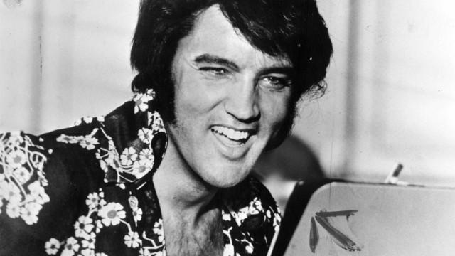 Recorde uma lenda: Factos impressionantes sobre Elvis Presley