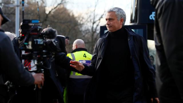 Sevilha-Man. Utd: Mourinho regressa a Espanha com os olhos nos 'quartos'