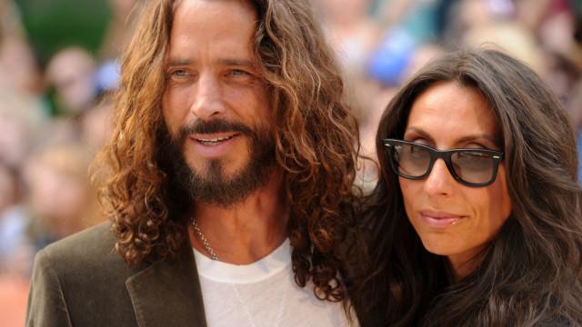 Viúva de Chris Cornell culpa médico pelo suicídio do artista
